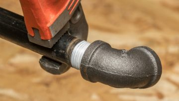 Plumbing: What Are The Ways To Avoid Sink Leakage?